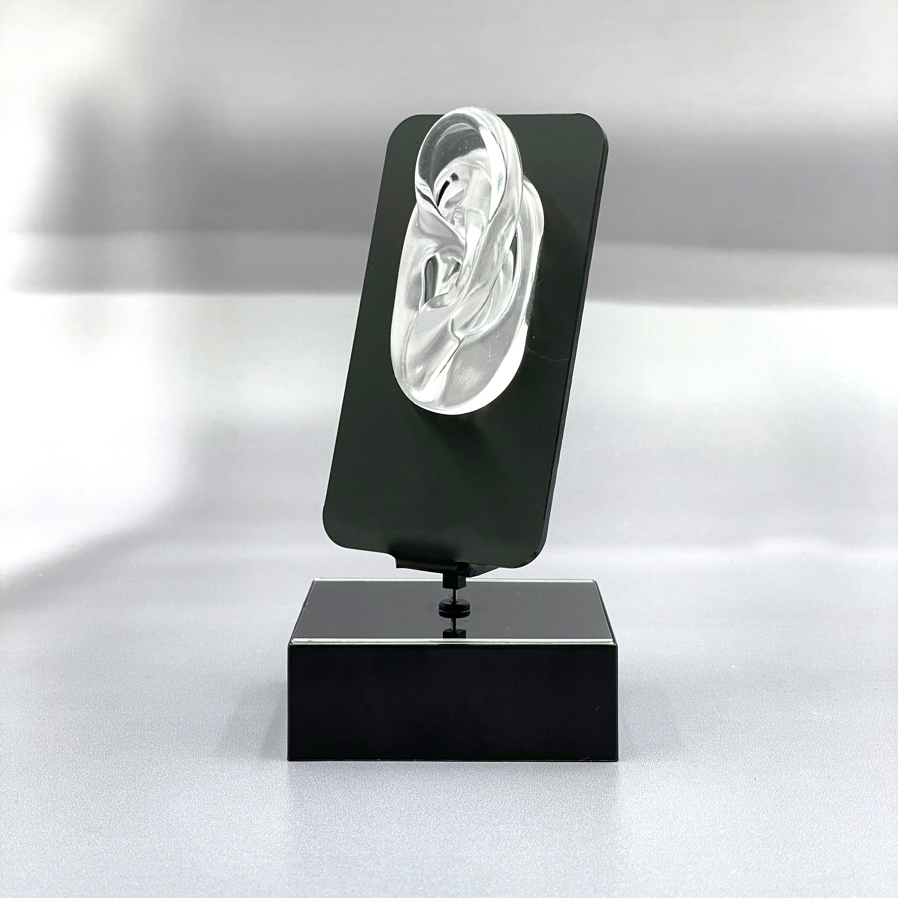 Solar-Drehteller MLW18 Hörgeräte Ohr transparent